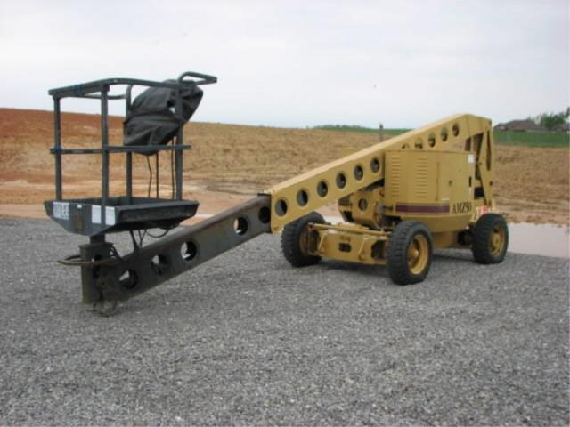 Where to find LIFT, STRAIGHT 44  2WD GAS. GROVE BOOM in Hagerstown