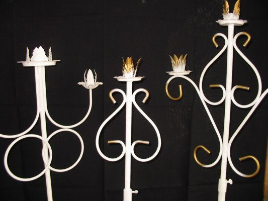 Where to find CANDELABRA, PEW 3 BR WHITE PR in Hagerstown